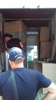 Перевозка холодильников вертикально Запорожье
